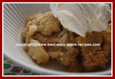 Homemade Apple Brown Betty Dessert Crisp