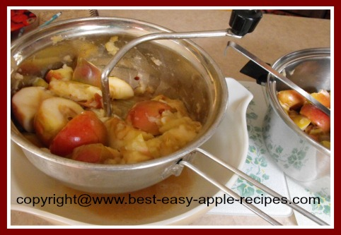 Making Applesauce Using a Foley Food Mill