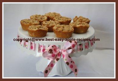 Homemade Apple Streusel Tarts