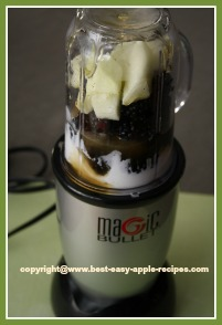 Making A Smoothie Using the Magic Bullet