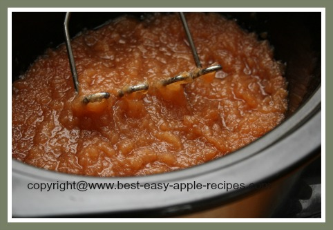 Make Applesauce in Crockpot / Slow Cooker