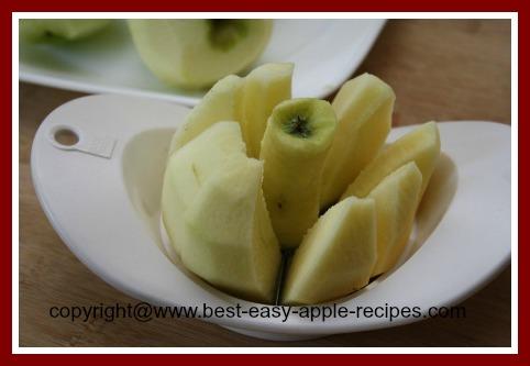 Sliced Cored Apples for Freezing