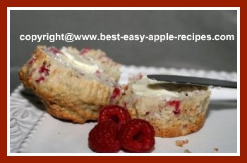 Easy Apple Raspberry Muffins to Make at Home
