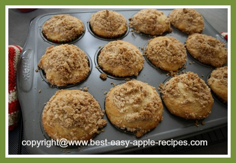 Breakfast Muffins with Apples