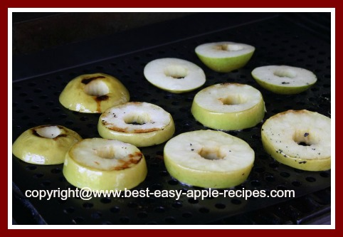 Picture Showing How to Grill Apples