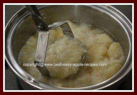 Making Chunky Applesauce using a Potato Masher