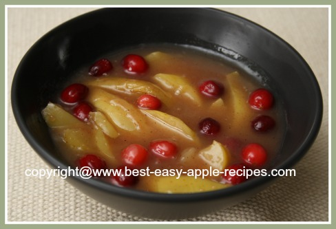 Stewed Apples with Fresh/Frozen Cranberries