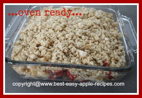 Strawberries and Apples Crumble Recipe
